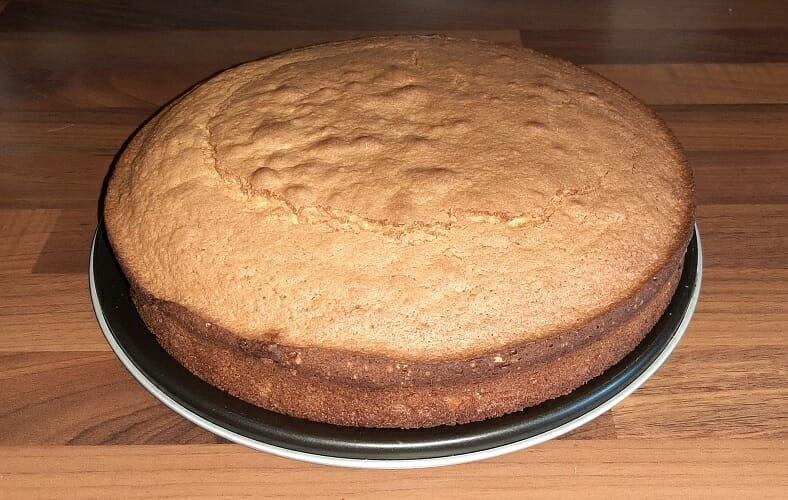 Recette du Gâteau au yaourt nature facile