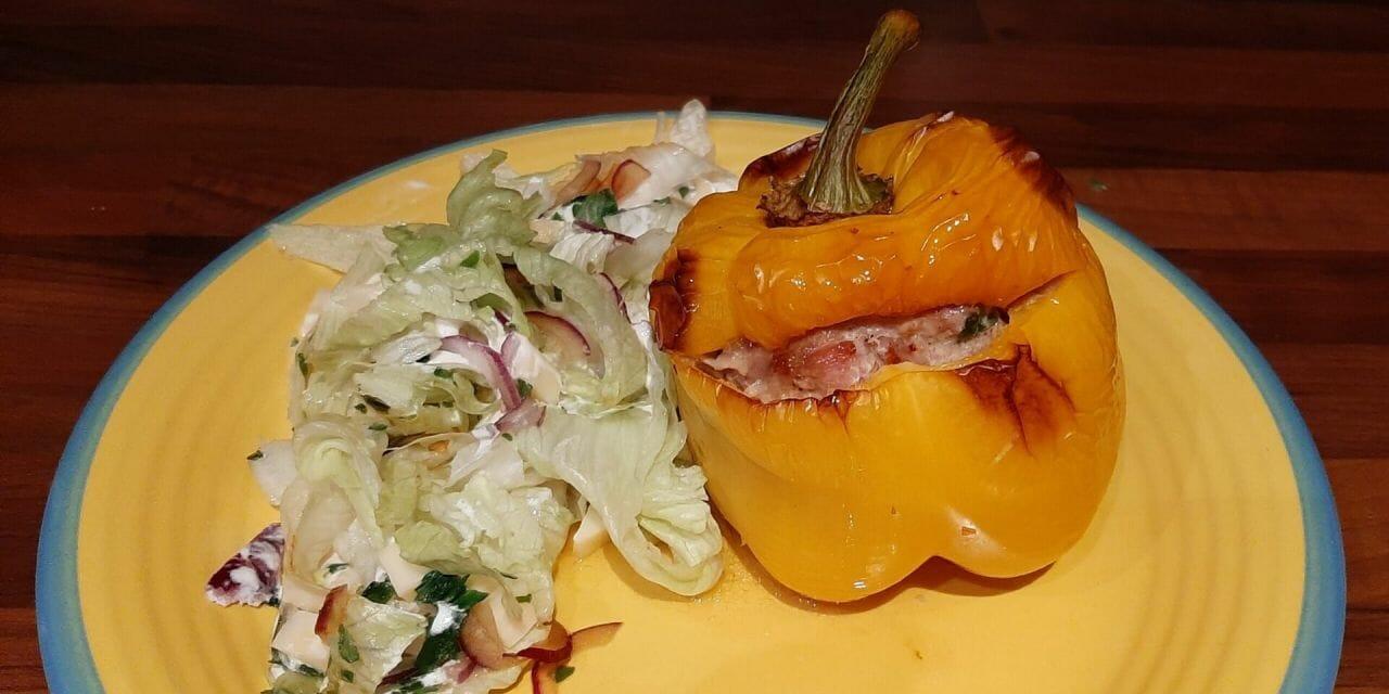 Recette des poivrons farcis à l'échine de porc et mortadelle au four