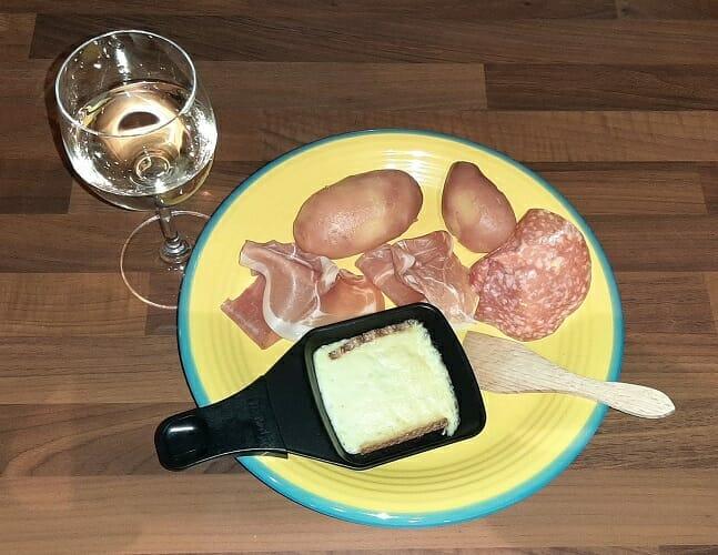 Recette de la raclette au fromage traditionnelle et originale