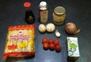Nouilles aux oeufs sautees aux legumes 1