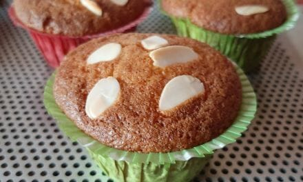 Recette de Muffins aux griottes et amandes