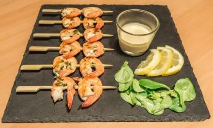 Recette de Brochettes de crevettes au vin blanc (Saewoo Gotchi)