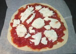 Pizza margherita maison