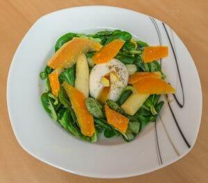 Salade asperges blanches œuf mollet Cyril Lignac