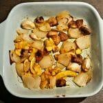 Recette de Courgettes jaunes, champignons, oignon, ail et épices au four