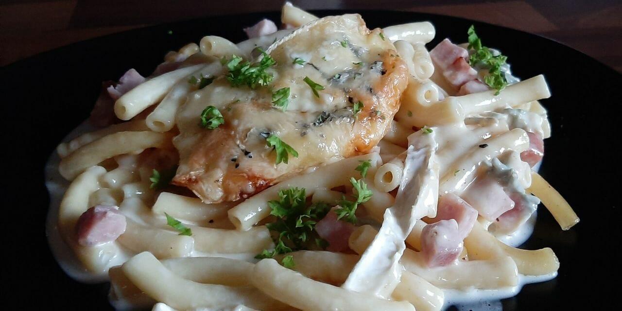Recette du Gratin de pâtes macaronis au fromage bleu de Bresse