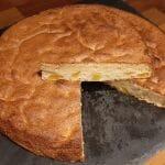 Recette d'un Gâteau moelleux à la mangue fraîche. Facile et rapide