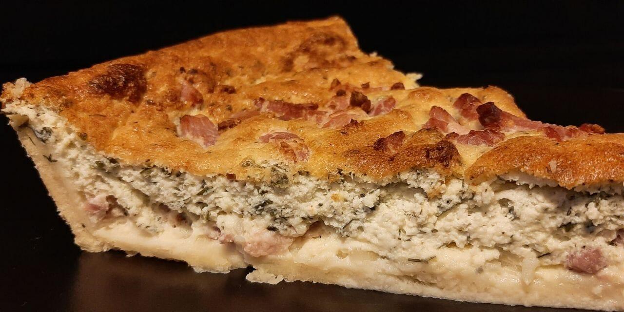 Recette de la Tarte au fromage blanc salée, allumettes et fines herbes