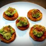 Palets de patate douce et avocat écrasé. Une recette végétarienne et healthy !