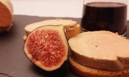 Foie gras mi-cuit. Une recette de chef avec un foie de canard du sud-ouest cru et éveiné